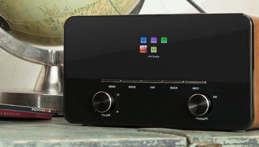 Best internet radio AUNA Internet radio wi-fffi mp3 usb aux remote 1440